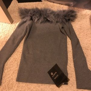 Sweaters - women sweater sizeM